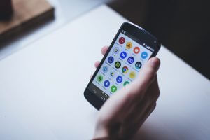 Smartphone passa PC no acesso a internet no Brasil
